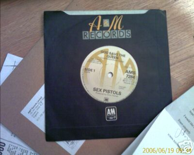 SEX PISTOLS - God Save the Queen - GENUINE A&M AMS7284